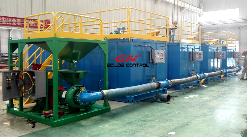 Drilling mud mixing and storage system